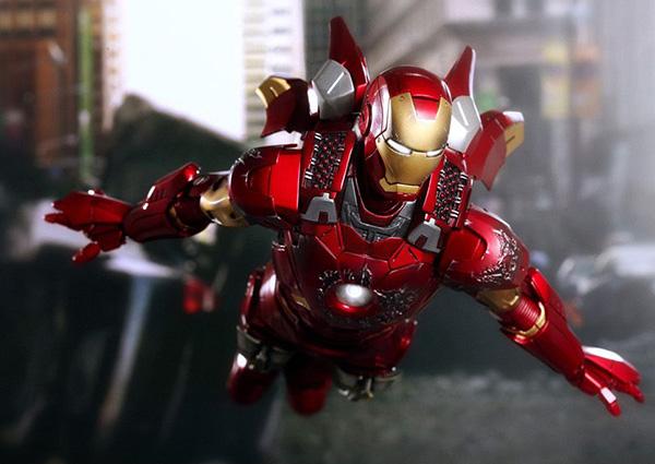 ironman-mark-vii-hot-toys01