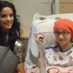 Lady Sif visita a los pacientes de un hospital de niños