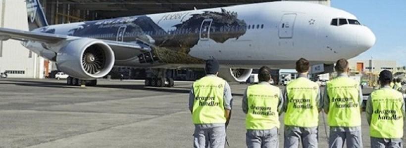 Primera imagen del Dragón Smaug… ¡¡¡en un avión comercial!!!