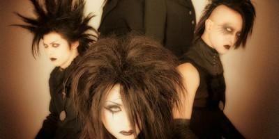 Encuentran muerto a K, guitarrista y corista de Moi dix Mois