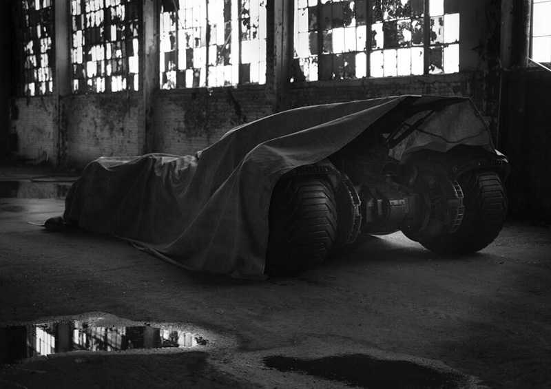 batman-batmobile02
