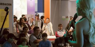 Taller de Cosplay por Otaku no Baires en la 40 Feria Internacional del Libro