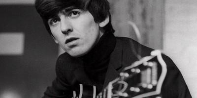 Subastan una guitarra Rickenbacker de George Harrison