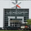 El edificio LexCorp en Batman vs. Superman