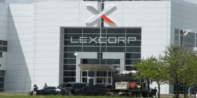 El edificio LexCorp en Batman vs. Superman