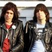 El primer álbum de los Ramones es disco de oro… 38 años después!!