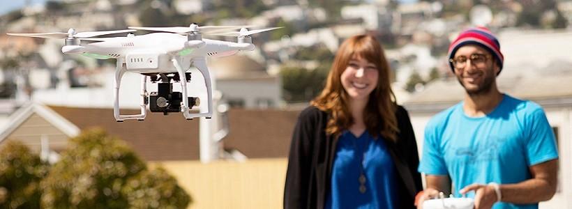 """Luz… cámara… """"dronie"""" (o cómo usar la tecnología para algo estúpido)"""