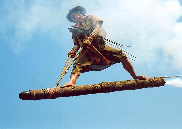dynamite-warrior-khon-fai-bin02