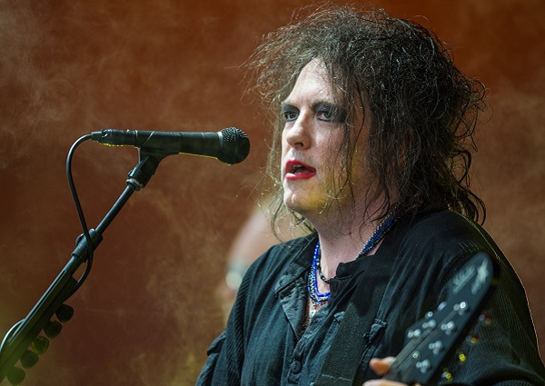 Robert_Smith_-_The_Cure