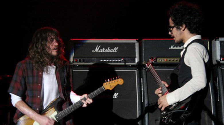 Omar-Rodríguez-López-John-Frusciante02