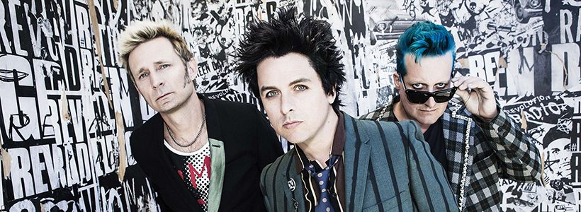 Green Day vuelve al ruedo con Revolution Radio